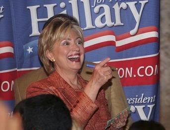 Enquanto Isso, Em Outra Blogosfera... Hillary Clinton Dando Entrevista Para Blog?